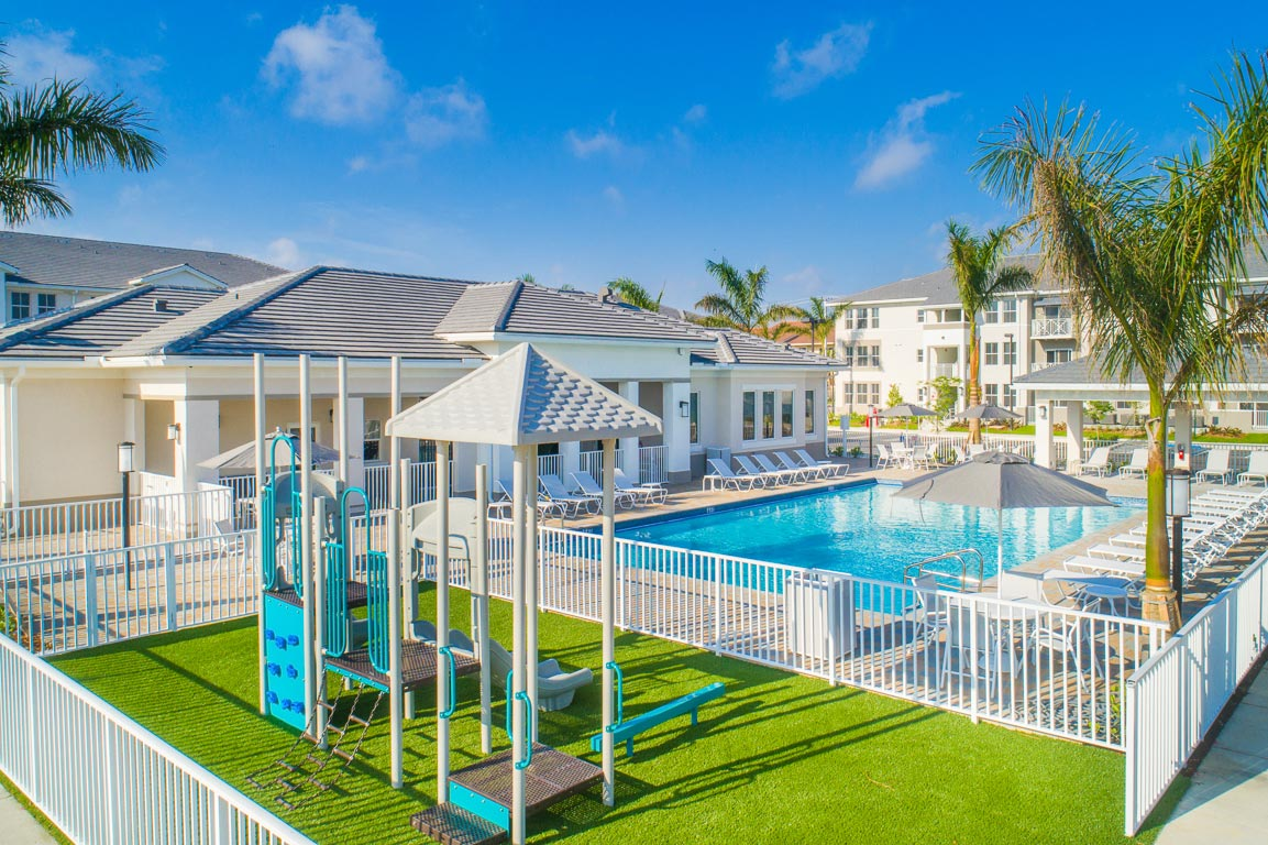 Zoom GalleryAlcazar Apartment Villas property Image #19