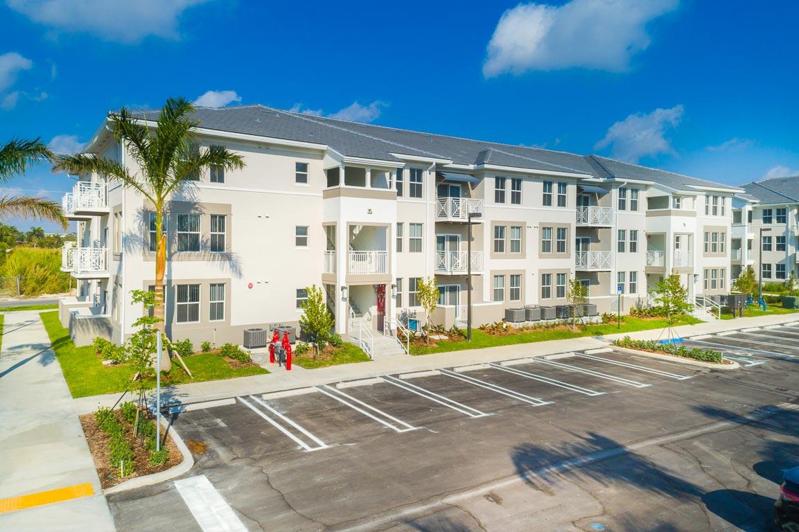 Zoom GalleryAlcazar Apartment Villas property Image #21