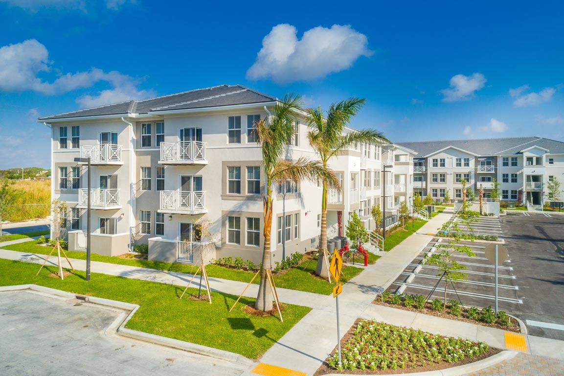 Zoom GalleryAlcazar Apartment Villas property Image #24