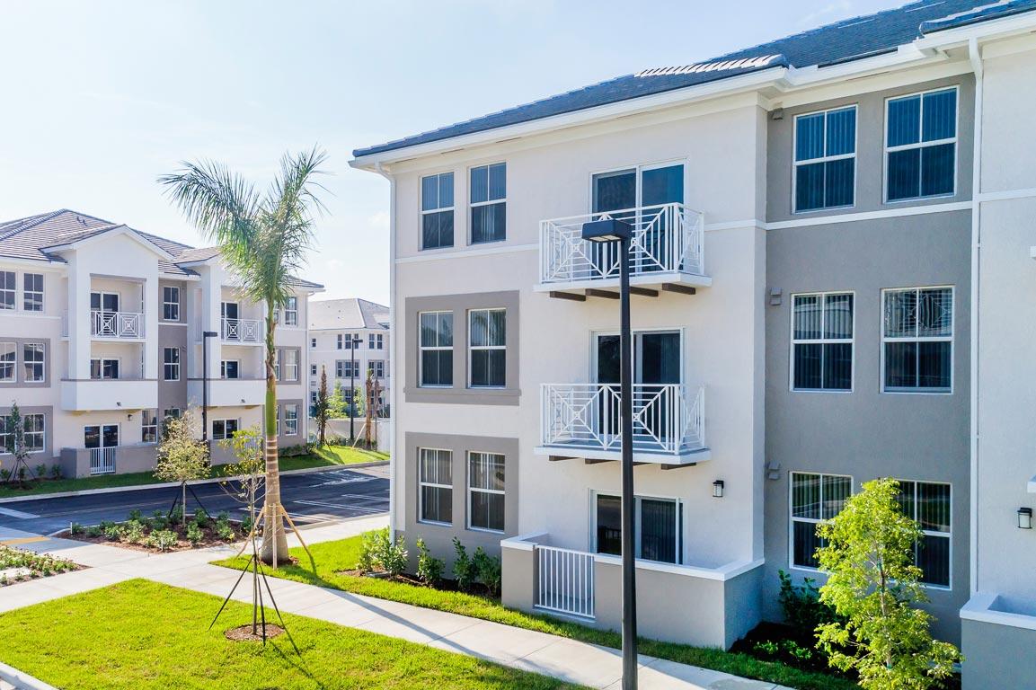 Zoom GalleryAlcazar Apartment Villas property Image #30
