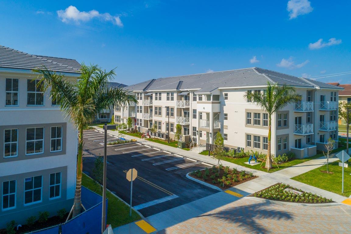 Zoom GalleryAlcazar Apartment Villas property Image #36