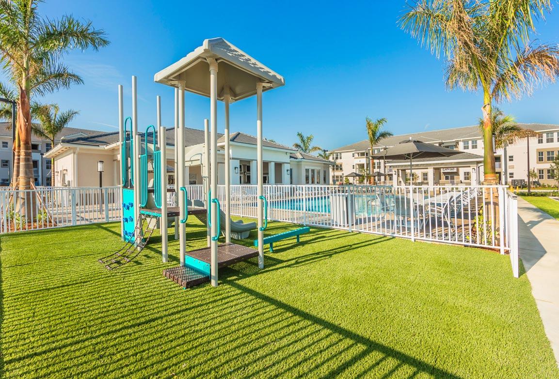 Zoom GalleryAlcazar Apartment Villas property Image #40
