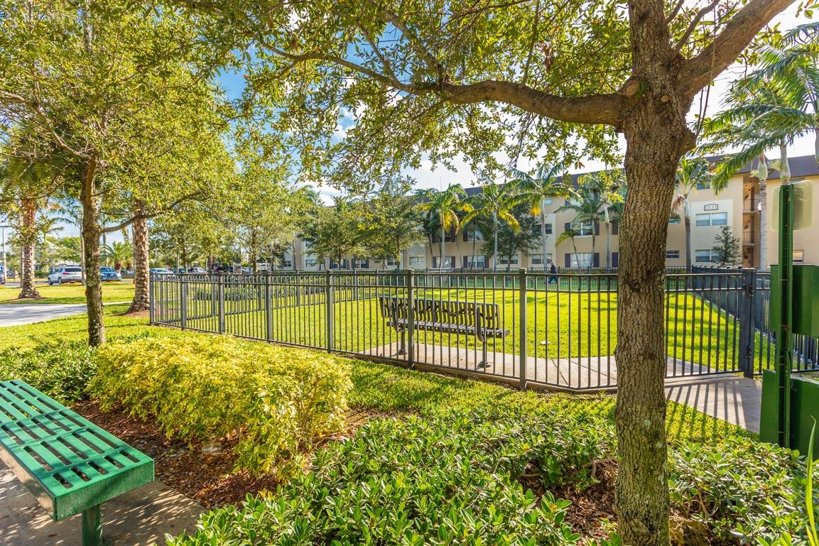 Zoom GalleryLegacy Riverwalk property Image #55