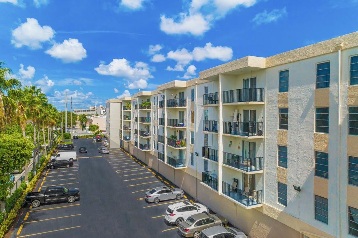 Zoom GalleryTodel Apartments property Image #6