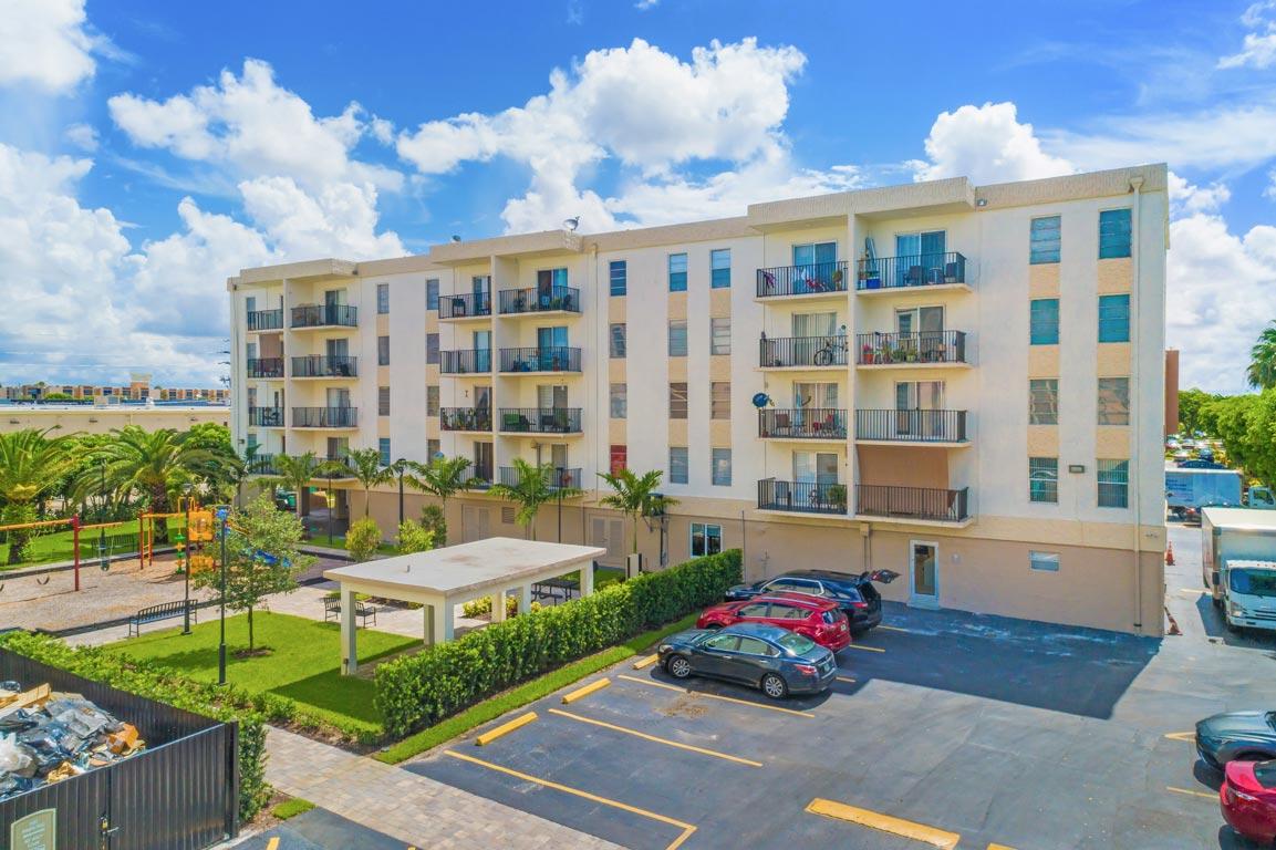 Zoom GalleryTodel Apartments property Image #8