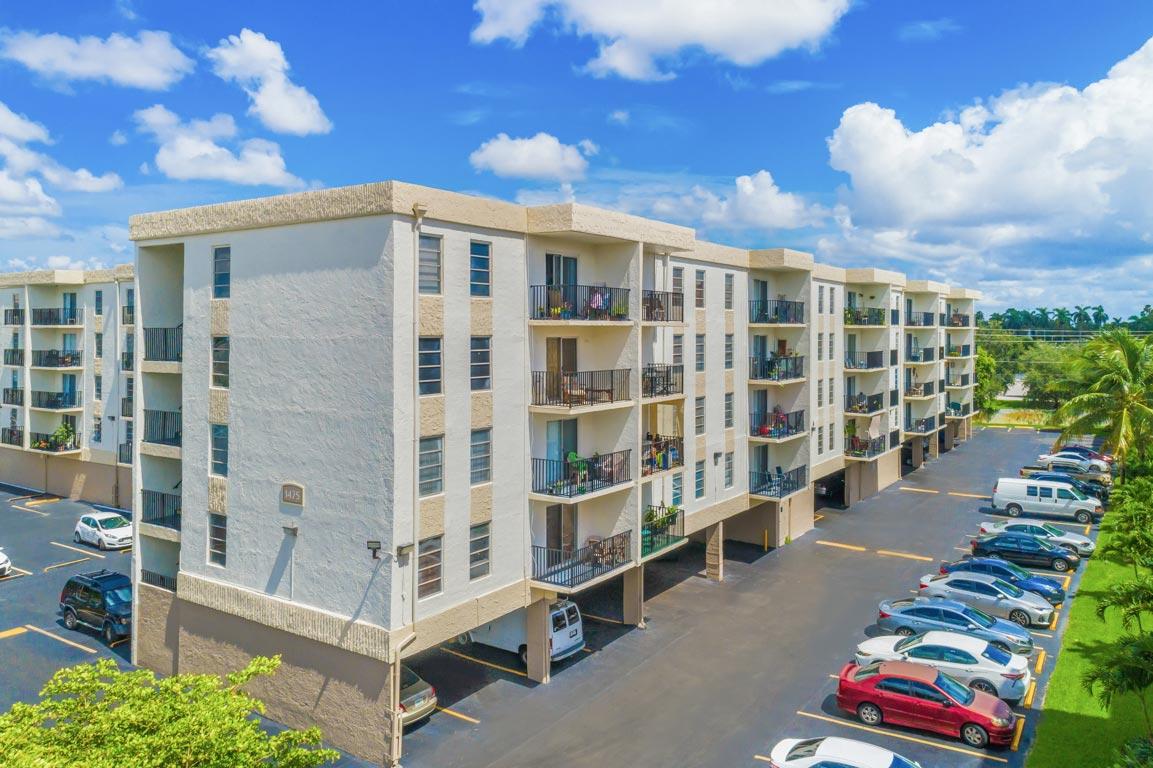Zoom GalleryTodel Apartments property Image #14