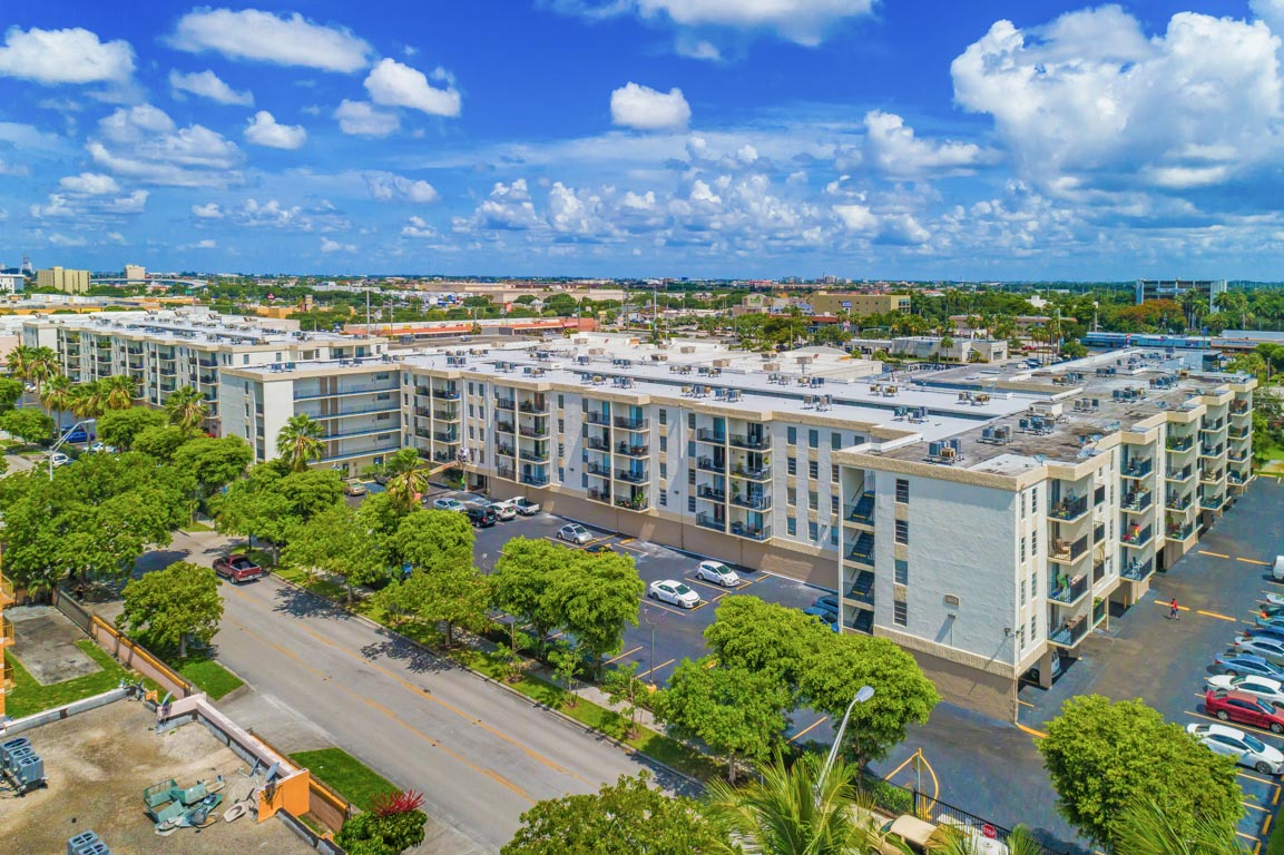 Zoom GalleryTodel Apartments property Image #16