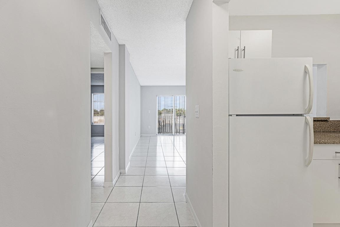 Zoom GalleryTodel Apartments property Image #19
