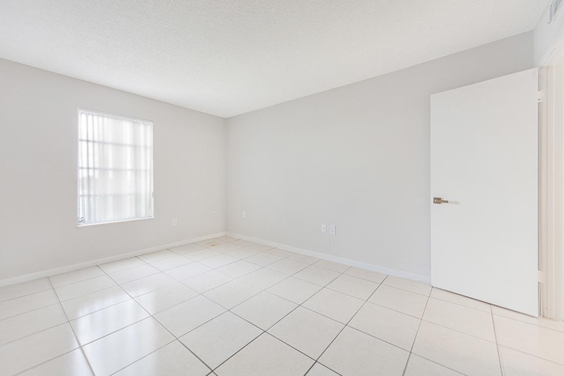 Zoom GalleryTodel Apartments property Image #26