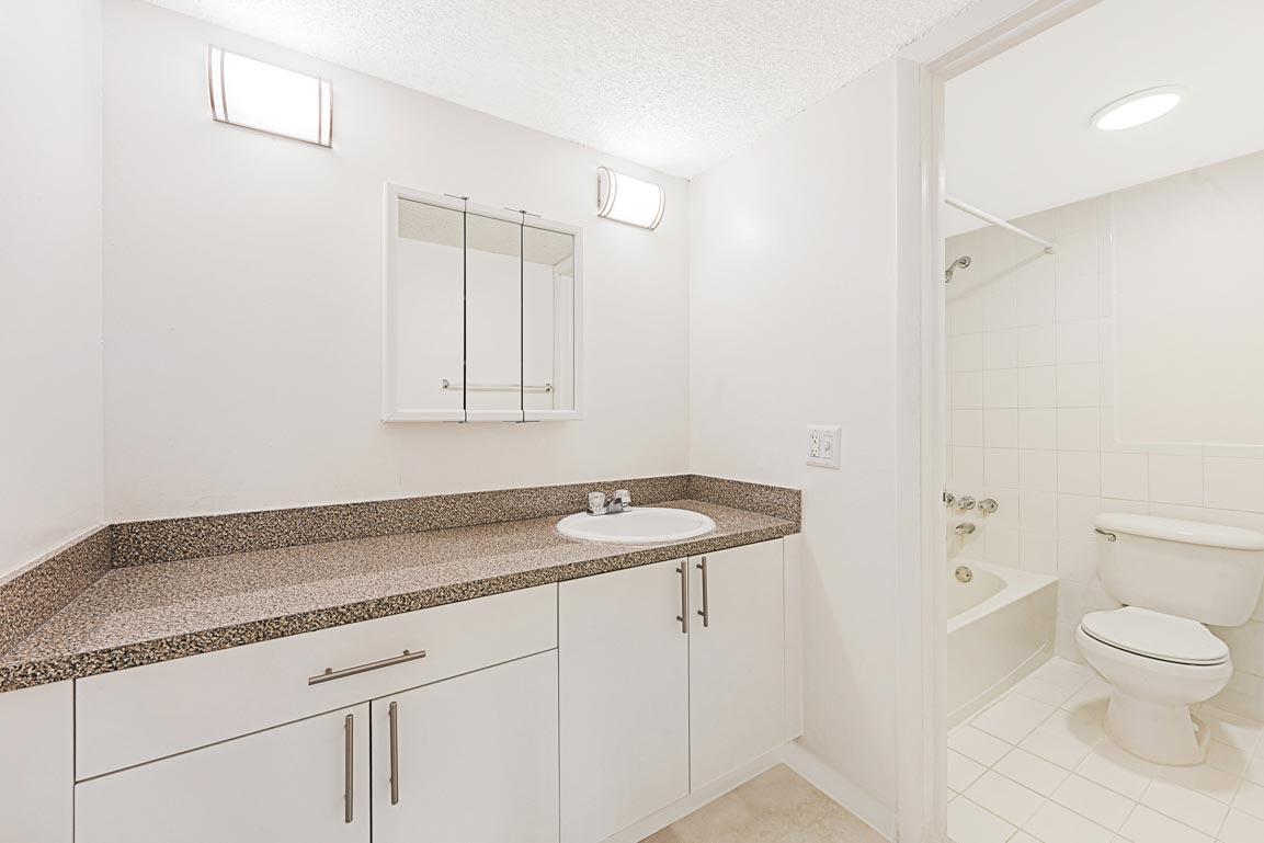 Zoom GalleryTodel Apartments property Image #27