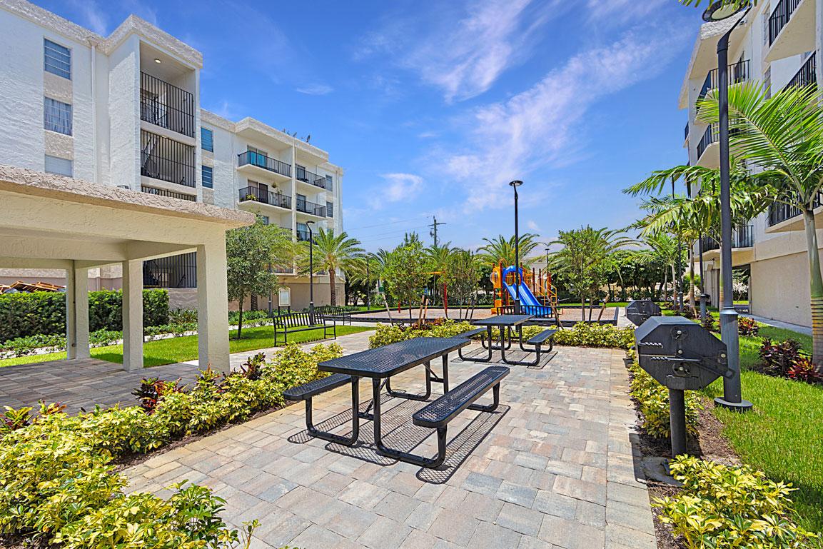 Zoom GalleryTodel Apartments property Image #34