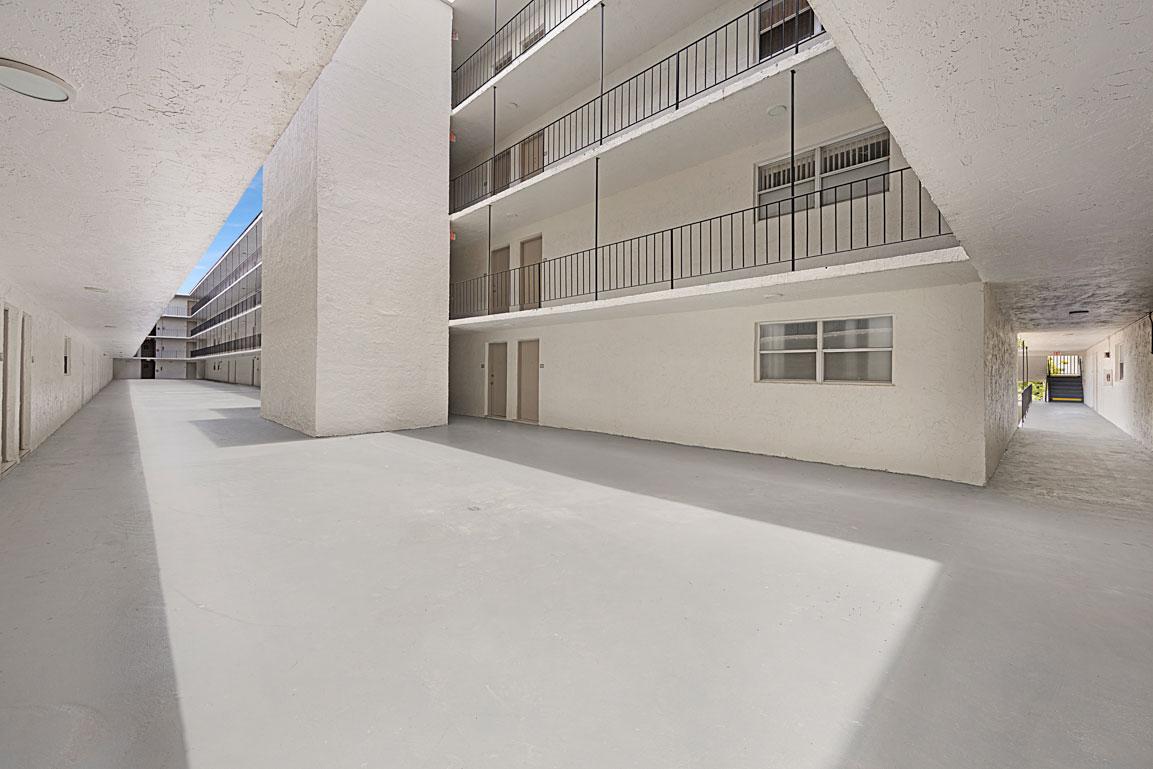 Zoom GalleryTodel Apartments property Image #35